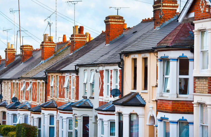 Roofing Cost in Romford Greater London